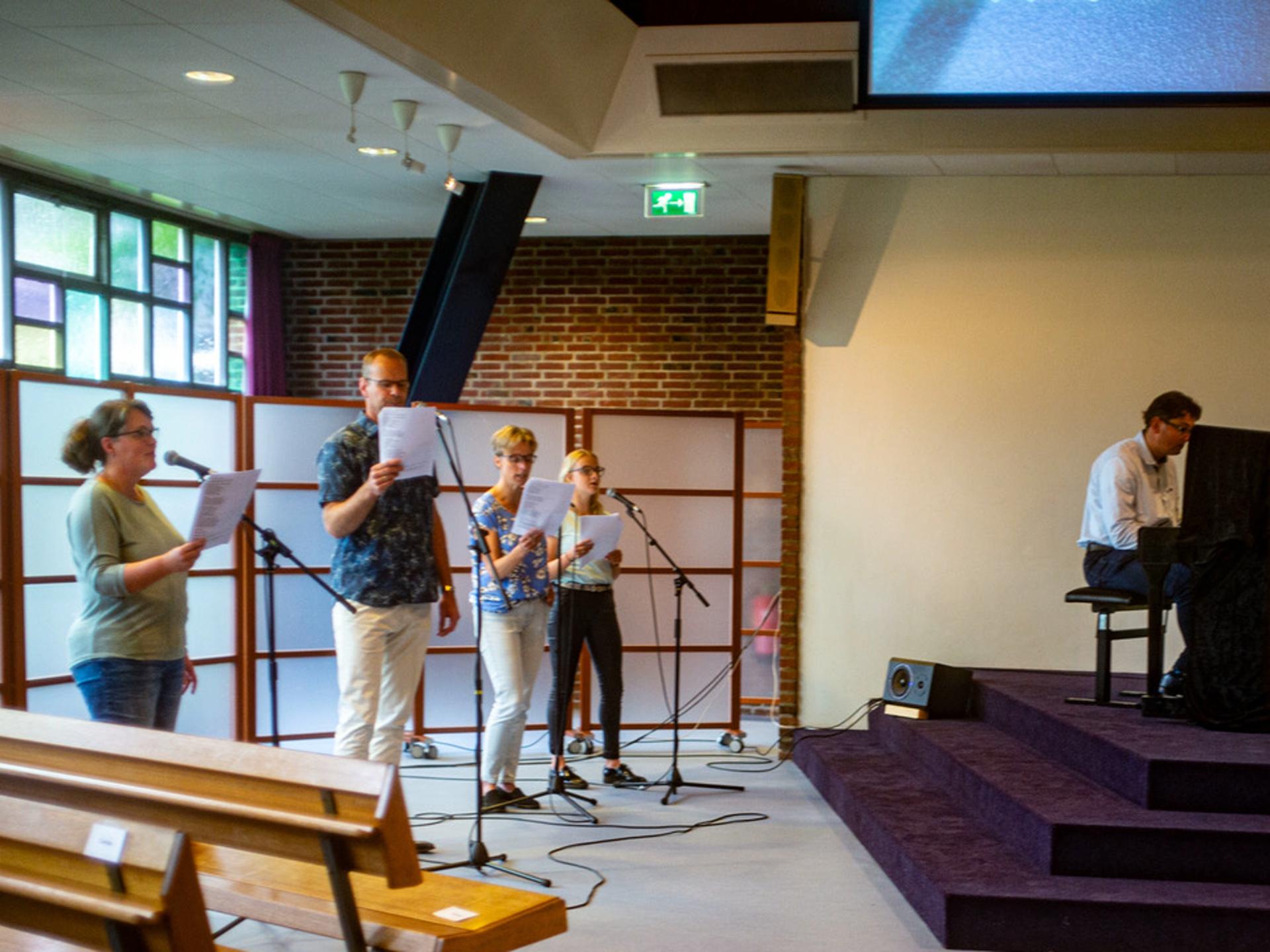 Zingen - corona - kerkdienst