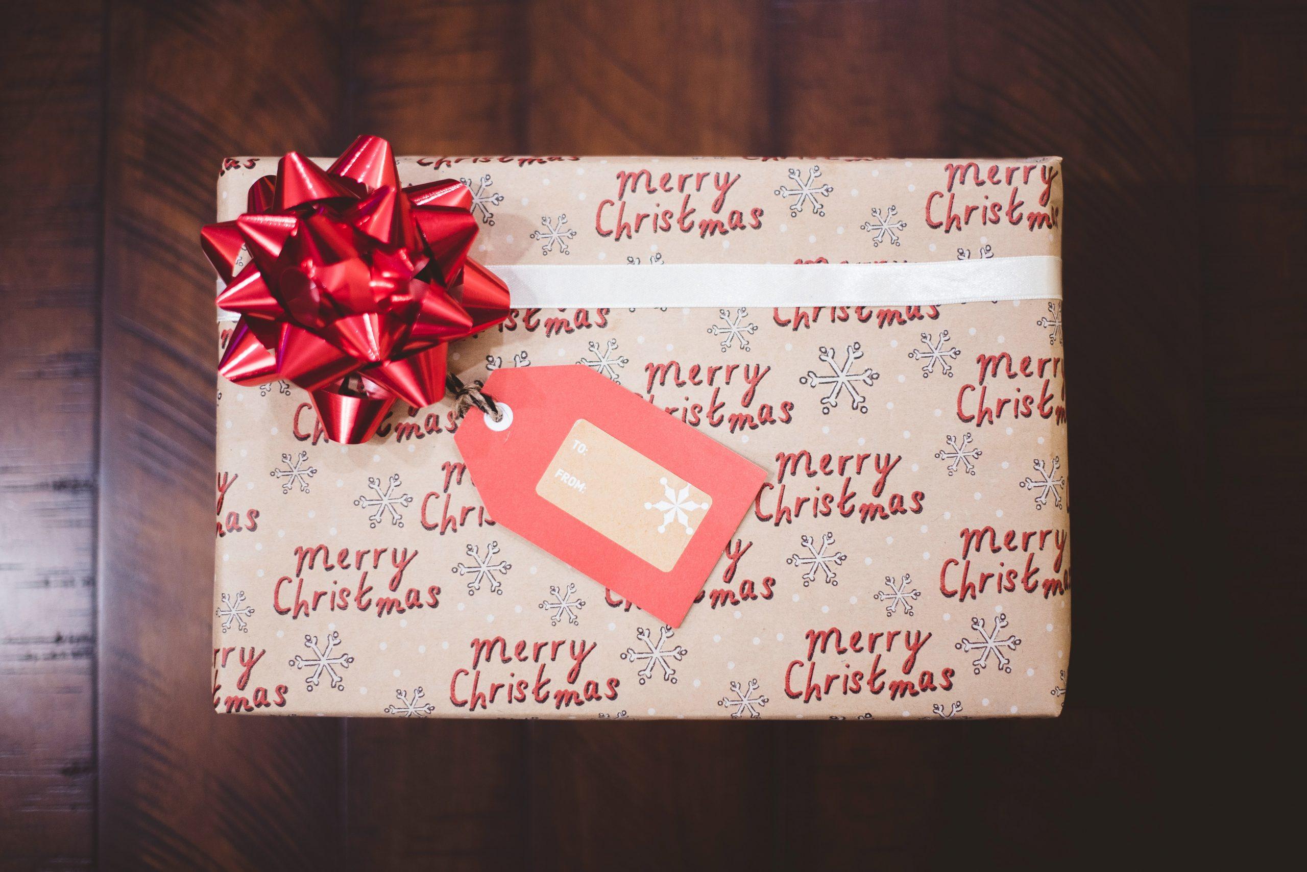 Geef je kerstpakket door!